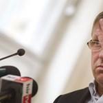 Telefon- és netadó: Orbánék tönkrevágnák a jövő nagy bizniszét