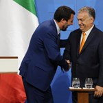 Orbán és Salvini románca egy karikatúrán