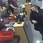 Pénztárcát lopott ez a nő egy boltban a Deáknál, ki ismeri fel? – videó
