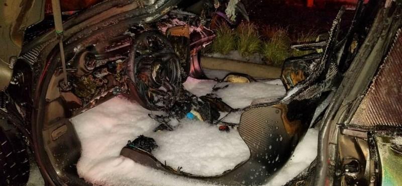 Egyik első útján leégett a karácsonyi ajándék több száz milliós McLaren