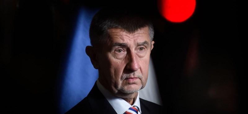 Több tízmillió eurót követelhet vissza az EU a Csehországtól a kormányfő cége miatt
