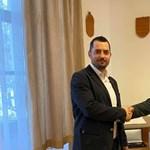 Eldőlt, hogy független jelöltet támogat a Fidesz a dunaújvárosi időközin