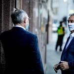 A legmenőbb magyar - üzente magáról maszkján Orbán Viktor