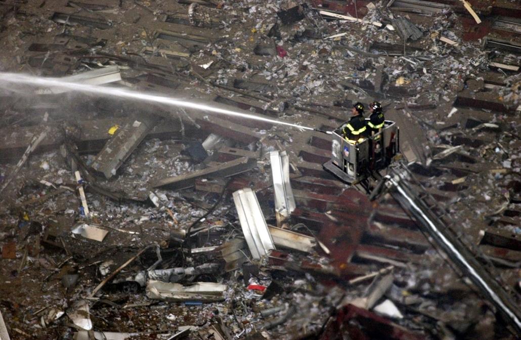 afp.01.09.12. - Malibu, USA: a világkereskedelmi központ (World Trade Center) elleni támadás - wtc, 911