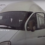 Furcsa módon bántak el az ittas sofőrrel Oroszországban – ön is ezt tette volna? – videó