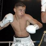 A magyar bokszoló eltörte ellenfele orrát, mielőtt kiütötte