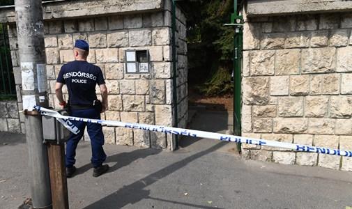 Három holttestet találtak egy budai lakásban