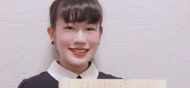 Láthatatlan tintával írt dolgozatot a nindzsákról egy japán diák, a legjobb jegyet kapta