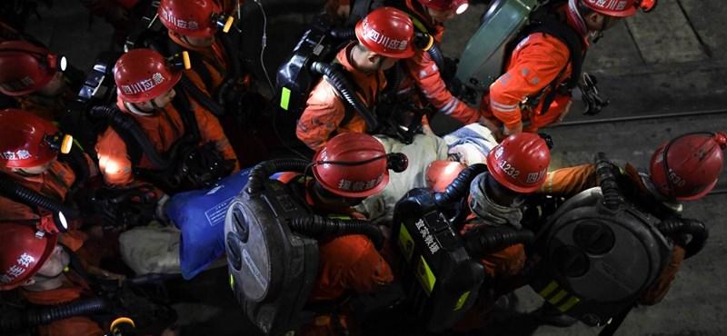 23 bányász halt meg szén-monoxid-mérgezésben Kínában