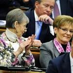 Hoffmann: Orbán támogatja a közoktatási törvényt