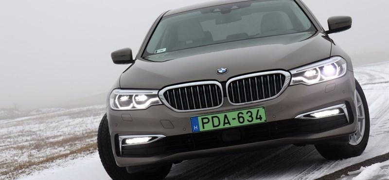 Zöld ötös: nyúzópróbán a konnektoros BMW 530e
