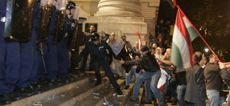 """Gyurcsány: a """"harcra biztató"""" politikusok a bűnösök 2006 miatt"""