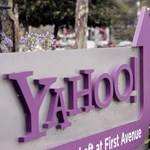 Beperelte a Yahoo a Facebookot