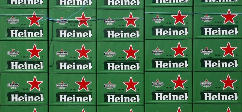 Az olvasónak kínos: a Heineken vezére így alázkodik meg Mészáros lapjában