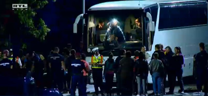 Pintér hamarosan elárulhatja, mit találtak a csőbombás buszon az Anna-hegynél