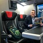 Vasútfejlesztészt kértek a székelyek Orbántól, hogy ne utazzanak többet állva