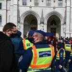Százával jelentették fel a rendőrök a tüntetőket március 15-én