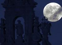 Érdekes bizonyítékot találtak a Hold túloldalán