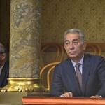 A Fidesz ügyvédjei kopipészteltek egy nyert szerződést Orbán török barátjának