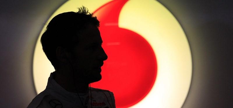 Jenson Button Budapesten száguldozik május 1-én