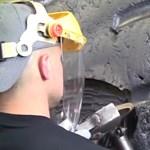 A nap videója: így javítanak egy méregdrága autógumit