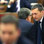 A Jobbik offshore-ozással vádolja a kormányt