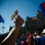 Rendkívüli: Megbéníthatja délelőtt a fővárost a holnapi sztrájk, felvonulnak a szakszervezetek