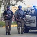 Elfogadták a törvényt: felfegyverkezhetik a tanárokat Floridában