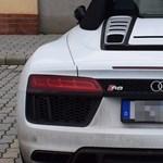 Fotók: Méregdrága lopott sportkocsi bukkant fel Csengersimánál