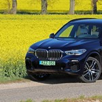 A kecske és a káposzta esete – teszten a zöld rendszámos új BMW X5