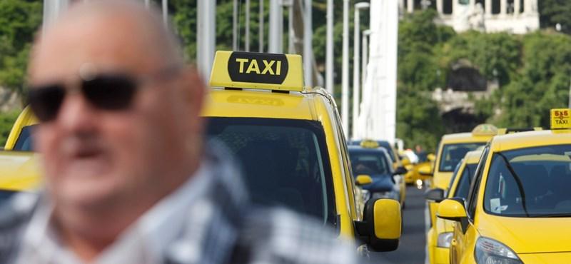 Brutális kilométerdíjjal csalt egy taxis a Szigeten