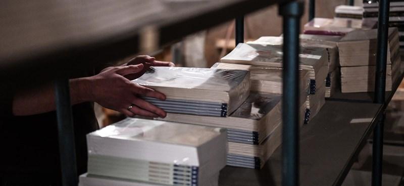 Avítt, lapos, történelmet hamisít -–Kiakadtak a magyar- és történelemtanárok az új NAT-hoz készült tankönyveken