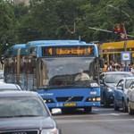 Áramütés ért egy villamosvezetőt a 4-es, 6-os ideiglenes végállomásánál