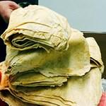 Finom fogás egy kínai reptéren: 15 kiló palacsinta volt a férfi poggyászában