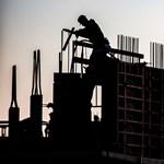 Ilyen eszement árak mellett még mindig jó befektetés az ingatlan?