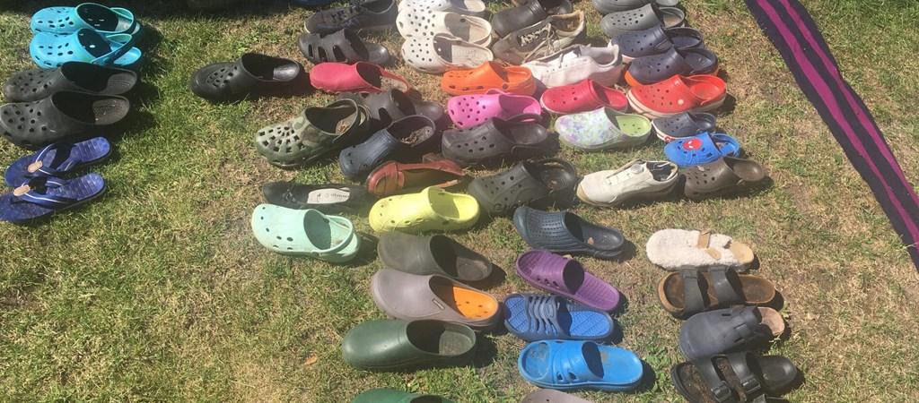 Több mint száz cipőt nyúlt le egy róka