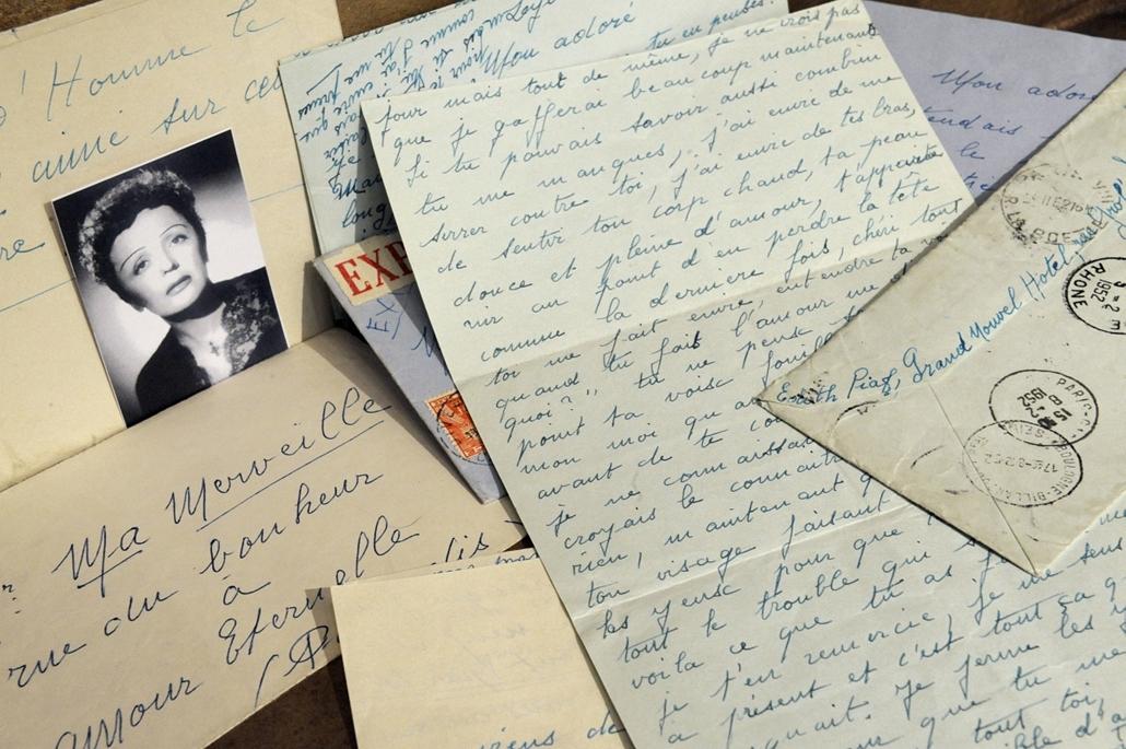 2009. május 29. - szerelmes levelek a Christie's aukciósház árverése előtt egy hónappal. Az 1951-ben és '62-ben íródott levelek címzettje Louis Gerardin kerékpárbajnok volt. - Edith Piaf