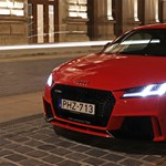 ÜvegtigRS: kipróbáltuk a leggyorsabb magyar autót, az Audi TT RS-t