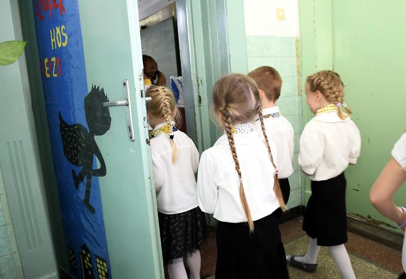 Egy gyors tesztelésre jó lehet Karácsonyék ötlete a csúsztatott iskolakezdésről