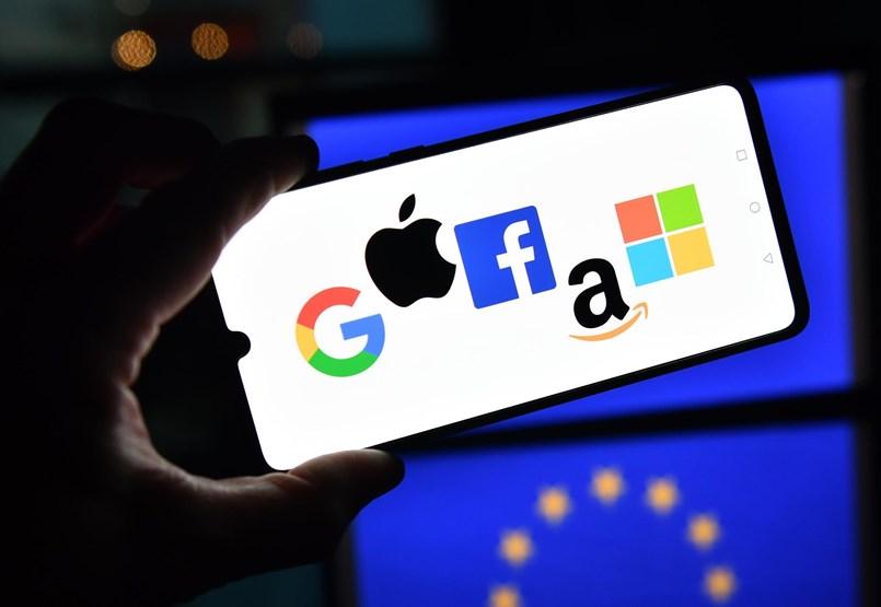 Az Európai Unió megtörné a Google és a többi óriás fölényét, de azok agresszív ellentámadást indíthatnak