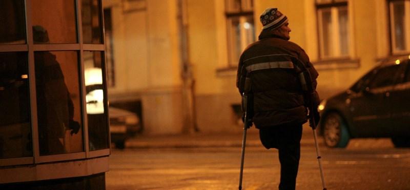 Emmi: Még folyik a szakértői munka, azért nem rendezték határidőre a rokkantnyugdíjasok ügyét
