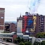 Gyönyörűen robbantottak fel egy amerikai hotelt