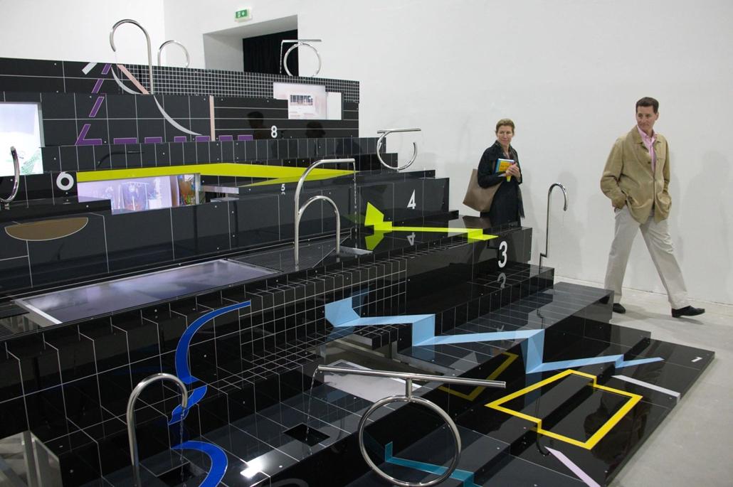 kka. Nagyítás 58. Velencei Biennálé Anna K.E. Tbilisziben élő művész egy multi-dimenzionális tájképet alkotott alacsony felbontású digitális pixeleket idézve