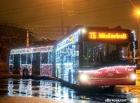 Mikulástroli és Fénytroli is járja idén Budapestet
