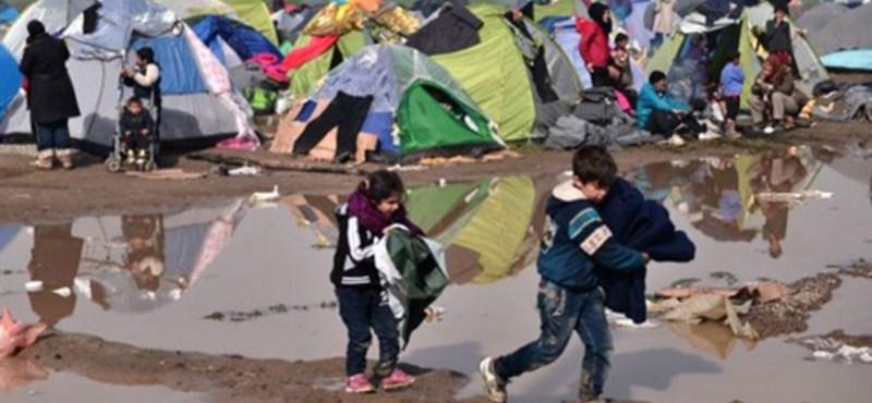 Drámai képek a napról, amikor lezárták a migránsútvonalat