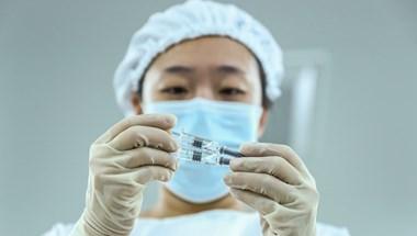 Az OGYÉI vezetője szerint a kínai vakcina hatásosságát még vizsgálni kell