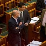 """""""Az államcsődöt kockáztatja a Fidesz"""""""