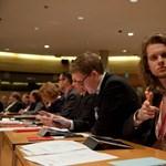 Nem nézne jégkorongot Orbánnal - finn kormánypárti a magyar helyzetről