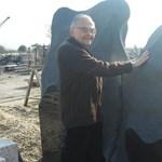 Három év után egy kőfaragótelepen került elő a Kossuth térről eltűnt szobor