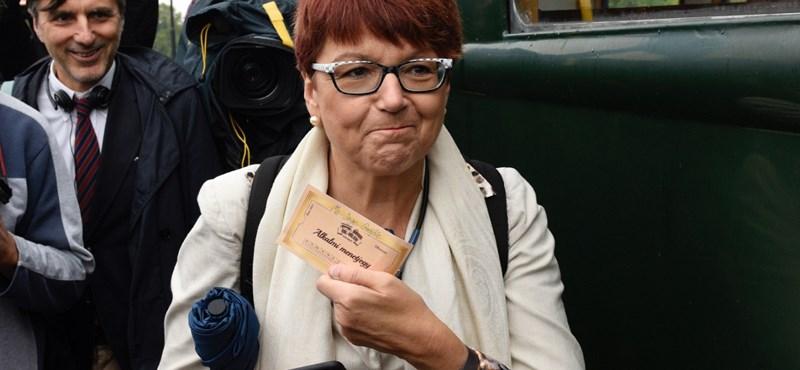 Az EP főellenőrének összegzése olyan üres, mint a felcsúti vonat